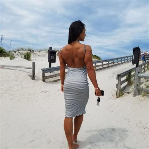 brigitte goudz zeigt sexy ruecken fitness girls