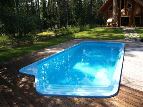 cool pool designs pool backyard designs cool fiberglass swimming pools