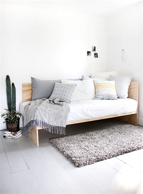 how to make a daybed weekend project idea how to make a diy daybed with