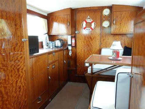 freeman boats for sale ebay freeman 26 1970 cabin cruiser things martyn would like