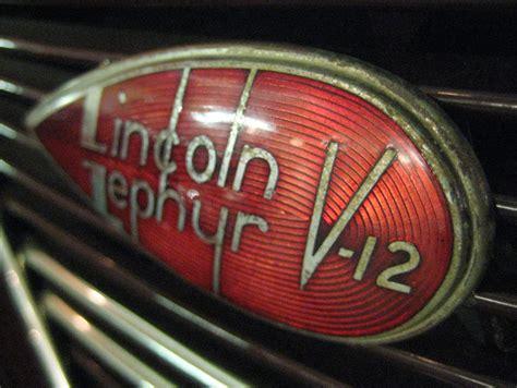 deco car logo lincoln zephyr v 12 logo both the car and logo as great deco style le style deco