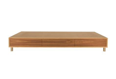 single platform bed frame 10 easy pieces wood platform bed frames remodelista