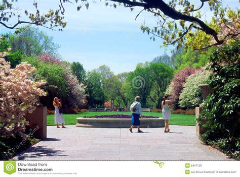 New York Botanical Garden Free Tourists Botanic Garden New York Usa Royalty Free Stock Images Image 2447129