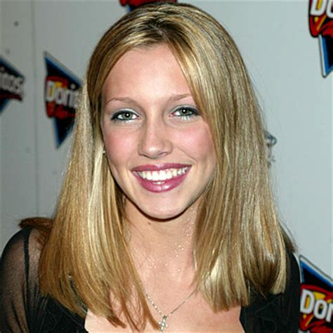 Katie Cassidy's Changing Looks   InStyle.com