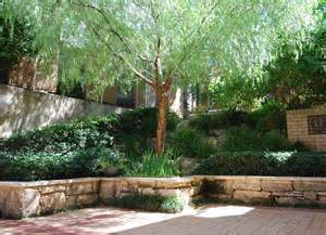 Free Pergola Plans by Ibis Landscaping Courtyard