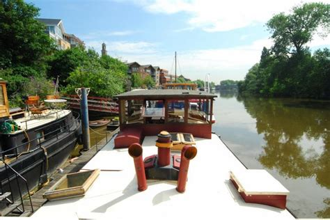 3 bedroom houseboat for sale 3 bedroom house boat for sale in victoria steps quay
