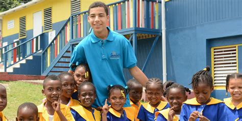 marcus scribner and his family marcus scribner spends his vacation giving back with