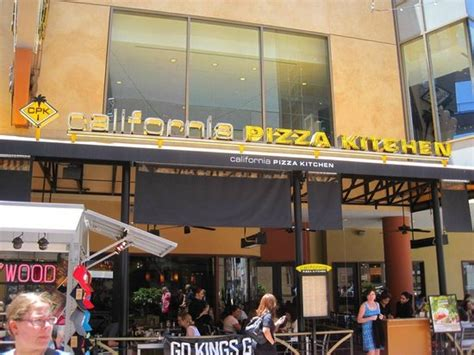 california pizza kitchen los angeles 6801