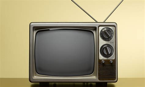 On Television the evolution of television and the concept of family time