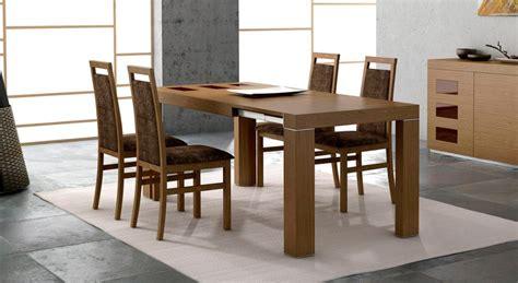 mesa  sillas en  salon comedor moderno imagenes  fotos