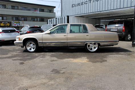 96 Cadillac Fleetwood Brougham by 96 Cadillac Fleetwood Brougham Rear End