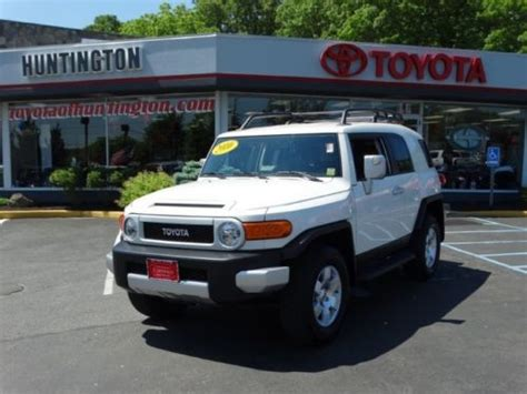 Huntington Toyota Service Center Sell Used 2010 Toyota 4x4 V6 Low One Owner In