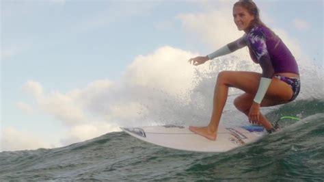 Surfing Australia Sydney by World Chion Surfer Catches Some Waves Cnn