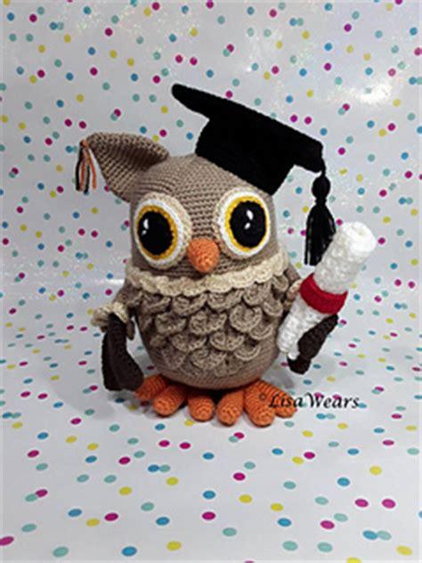 free crochet pattern amigurumi graduation owl ravelry wisdom the graduation owl pattern by lisa wears