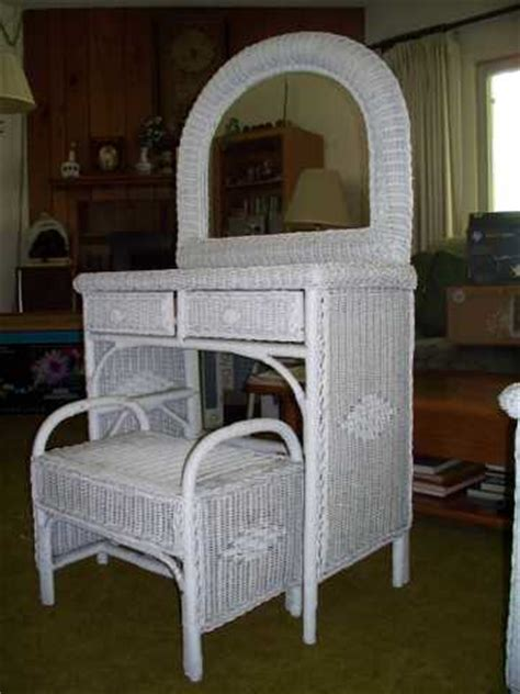 white wicker bedroom set in inland empire inland empire