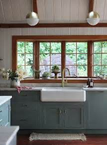 Painting Wood Windows White Inspiration 5 Ways Bold Textures Can Transform Your Rooms Wood Trim Quartzite Countertops And Cabinets