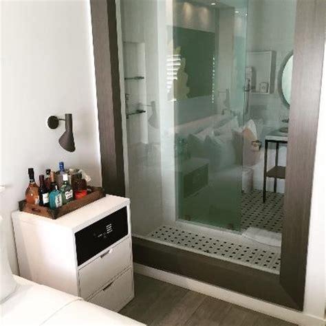 voyeur bathroom pics voyeur shower picture of vintro hotel south beach curio