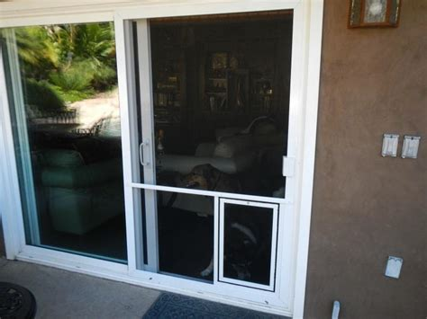 Sliding Screen Door With Dog Door Built In The Mobile Screen Shop Pet Productswe Can Customize Your