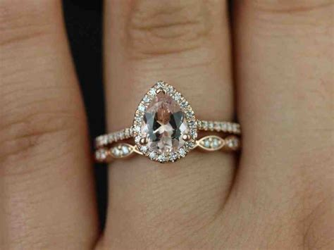 gold wedding band with platinum engagement ring