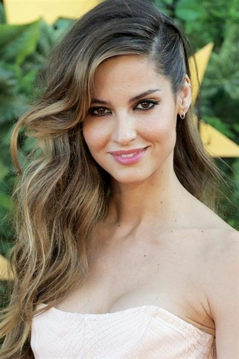 Side Hairstyles by Best 25 Side Hairstyles Ideas On Wedding Hair
