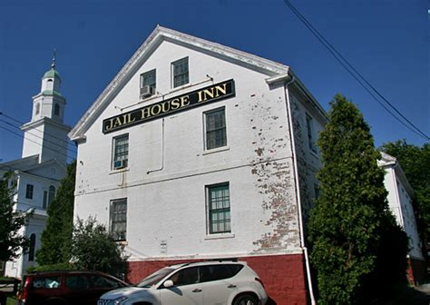 haunted houses in ri find haunted hotels in newport rhode island jail house haunte inn in newport rhode