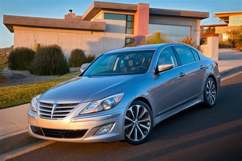 2012 genesis specs 2012 hyundai genesis specs pictures trims colors
