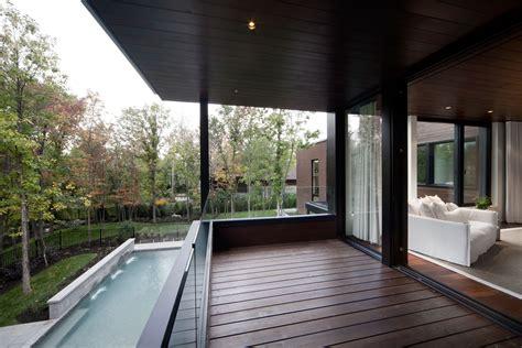 veranda qui s ouvre la maison v 233 randa 224 boucherville une maison qui s ouvre
