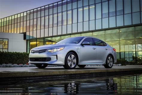 how many cylinders is a kia optima the 2017 kia optima is available as a in hybrid
