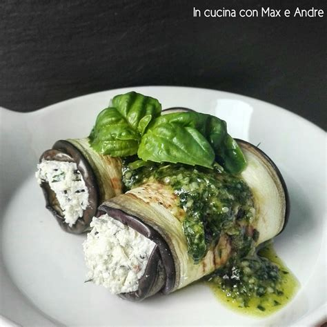 semi di basilico in cucina involtino di melanzane e ricotta su pesto di menta e