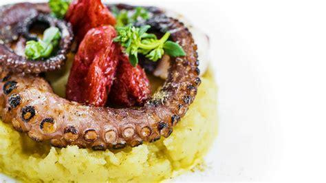 la cucina italiana ricette d oro i capperi l oro di salina si cucinano cos 236 la cucina