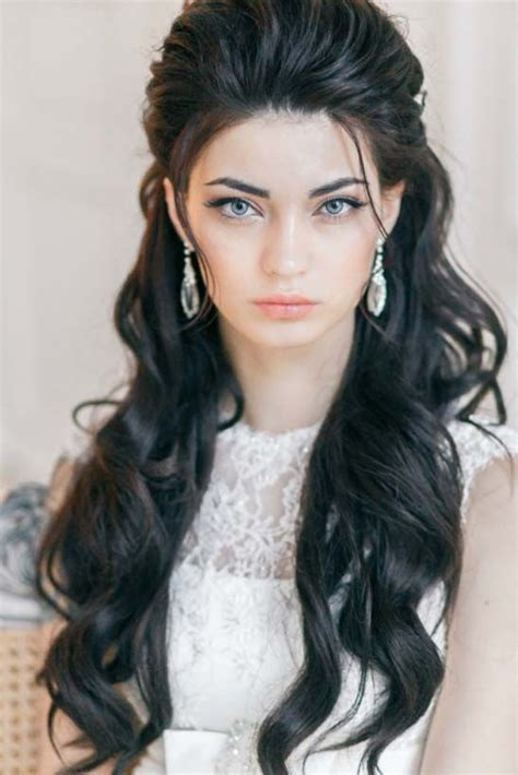 Wedding Hairstyles And Wavy by 1000 Ideas About Indian Wedding Hairstyles On