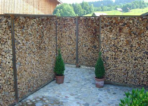 Pflanzen Als Sichtschutz Im Garten by Sichtschutz Garten Wpc Kunstrasen Garten