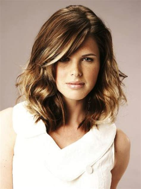 mid length hair styles for the fashioneye 2012 medium length hairstyles
