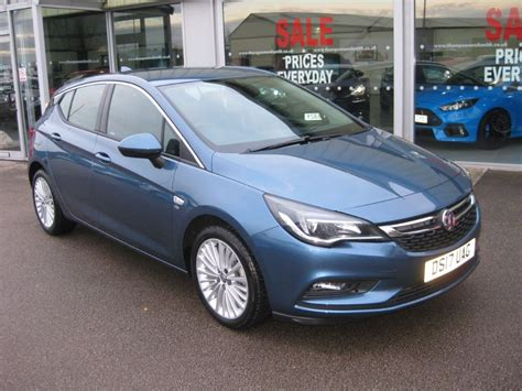 vauxhall blue used deep sky blue metallic vauxhall astra for sale