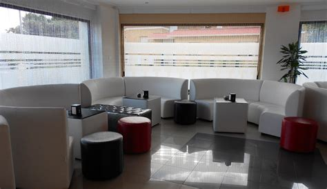 divanetti per discoteca discoteca divina disco lounge laghezza architects