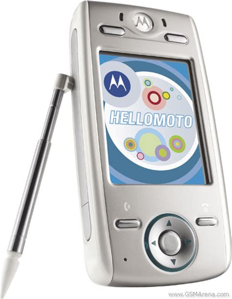 Motorolas Linux Powered Phone by Motorola E680i Pictures Official Photos