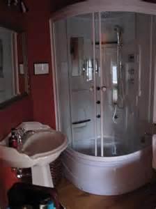 baignoire salle de bain salle de bain avec et baignoire picture of la