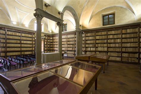 comune di pistoia ufficio anagrafe la biblioteca forteguerriana diventa 2 0