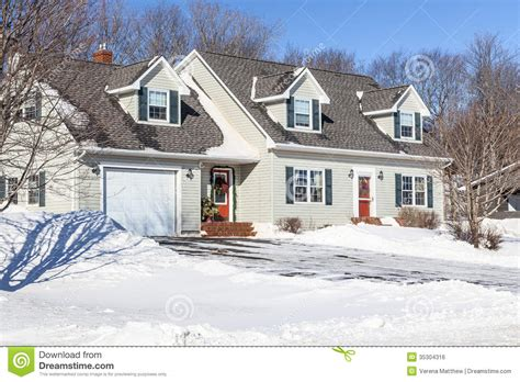 snow home christmas house royalty free stock image image 35304316