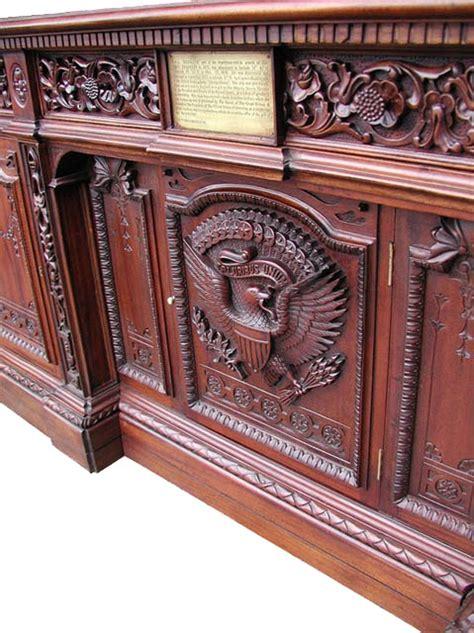 National Treasure Desk by Lot Detail White House Presidential Desk Based On