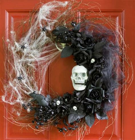 how to make scary halloween decorations at home amazing and spooky halloween wreath ideas themescompany