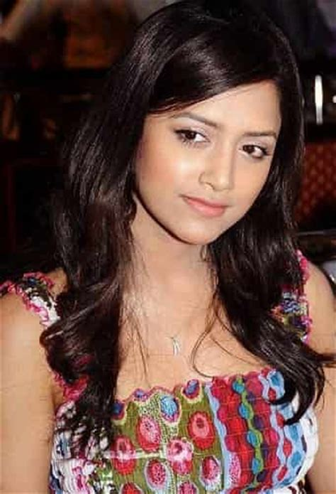 actress list of india top 10 hottest and beautiful south indian actresses with