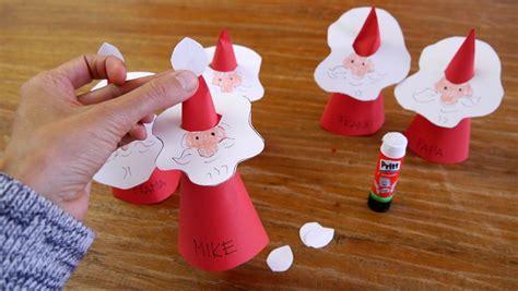 Basteln Zur Weihnachtszeit Mit Kindern 6011 by Weihnachtsmann Platzkarten Mit Kindern Basteln