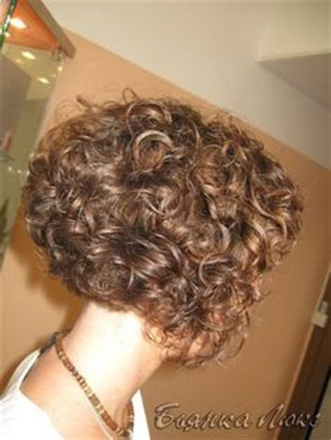pictues of curly perms for inverted bobs 1000 images about hairstyles on pinterest pixie cuts
