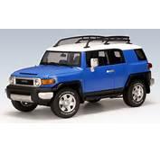 AUTOart Toyota FJ Cruiser  Blue 78855 In 118 Scale MDiecast