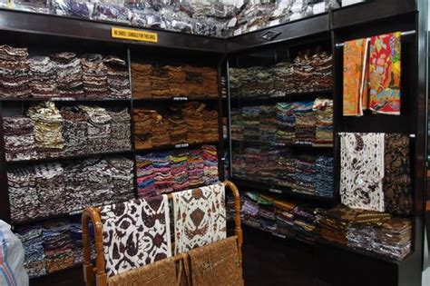 ratoe kulot batik batik picture of mirota batik yogyakarta tripadvisor