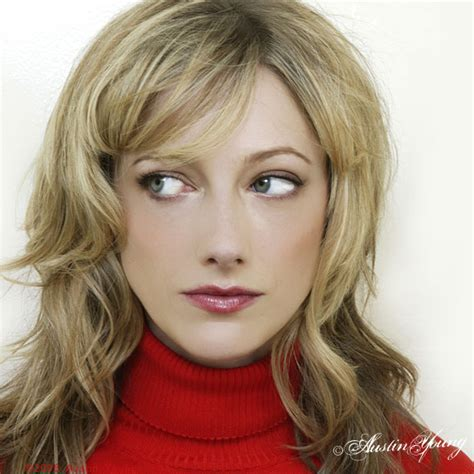 judy greer young the girl playing ashton kutcher s ex on 2 194 189 men is