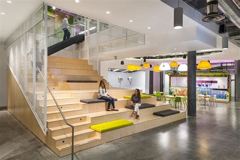 Fab Site Start Londoncom by A Tour Of Justfab S Cool New Headquarters Officelovin