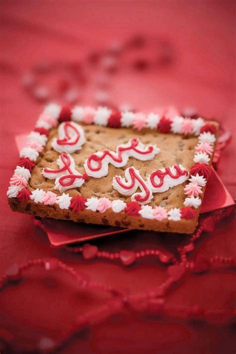 valentines cookie cakes valentines day cookie cake 1 cakes cake ideas