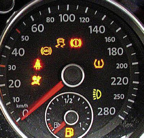 Kontrollleuchten Eines Autos by Leuchtendes L 228 Mpchen Auto Mobilit 228 T Badische Zeitung